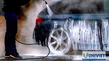 Rửa xe ô tô thì cần mua máy rửa xe loại nào?