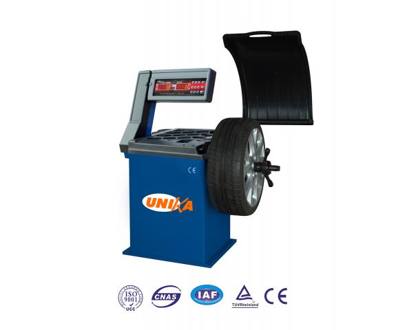 Máy cân bằng lốp xe con UNIKA U-530